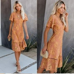 INSIDERS GUIDE LACE CUT OUT MIDI DRESS